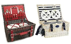 best picnic basket the best picnic baskets and hers