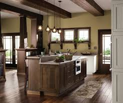 what color cabinets with oak trim quartersawn oak cabinets in rustic kitchen decora