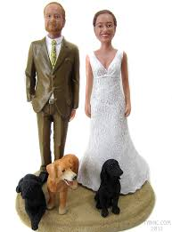 custom wedding cake toppers dogs as wedding cake toppers bobblegram