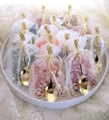 Wedding Favors Uk by Diy Wedding Favours Weddingdates Weddingdates Co Uk