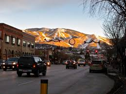 what to do on thanksgiving day in steamboat