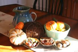 beautiful thanksgiving tables a minimalist thanksgiving table center pieces insanely divine