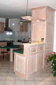 ciel de bar cuisine 05 cuisine finition laque blanche essuiee plan de travail en granit