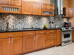 maple shaker kitchen cabinets bjhryz com