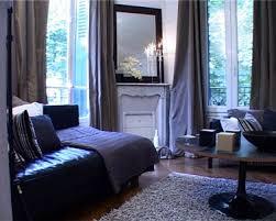 déco canapé noir couleur salon canape noir rideaux tapis gris