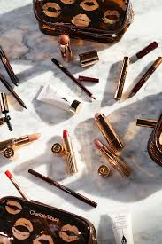 charlotte tilbury quick n easy sets the beauty look book