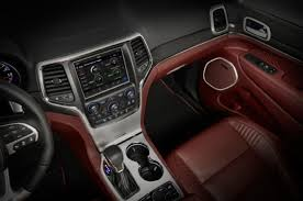 jeep grand srt interior jeep officially debuts 2018 grand trackhawk