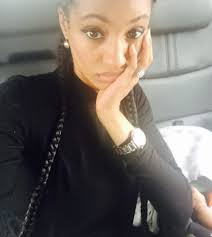 di ja di ja shows off her baby her enoromous wedding ring in new photo