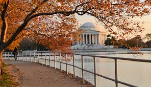 6 reasons why you need to book a weekend getaway to washington dc