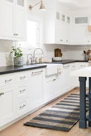 how to paint my kitchen cabinets white what color should i paint my kitchen cabinets cutler