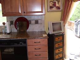 what color cabinets with beige tile paint color advice for kitchen with mocha maple cabinets and