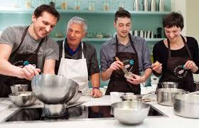 cours de cuisine en groupe discover the teambuilding of the atelier des sens