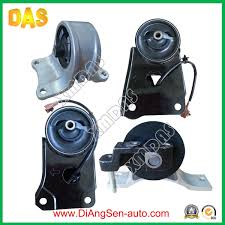 china replacement car auto spare parts rubber engine mounting for