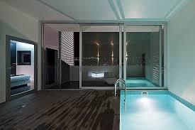 chambre avec bain a remous chambre lovely hotel avec bain a remous dans la chambre high