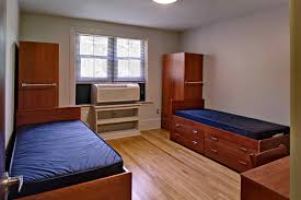 Dorm Room Sound System College Freshman Your Dorm Room Will Become Your Home Away From Home