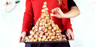 pigs in a blanket christmas tree tutorial delish com