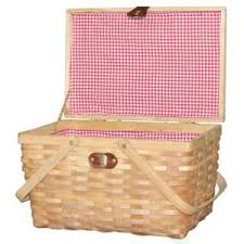 Picnic Basket Set For 2 Vintiquewise 14 5 In W X 10 In D X 8 8 In H Wood Gingham Lined