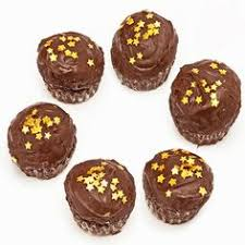 edible chocolate cups to buy delicious pack of 18 eggless small cake bites with the goodness of