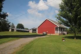 Red Barn Clarksville Tn Vrbo Nashville Rental Cabin Near Nashville Tn