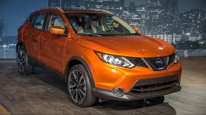 nissan cars 2017 nissan rogue sport first look 2017 detroit auto show youtube