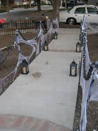 Scary Halloween Decorating Themes by Best 25 Halloween Fence Ideas On Pinterest Diy Halloween Fence