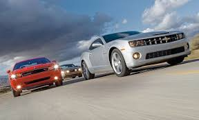 camaro 2009 ss 2010 chevy camaro ss vs 2010 ford mustang gt 2009 dodge