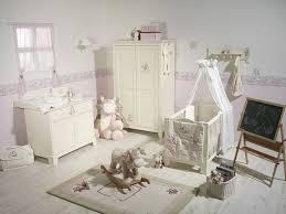 chambre bébé tartine et chocolat noukies tour de lit vache lola doudouplanet