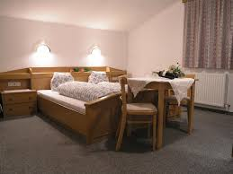 guesthouse haus hugo sölden austria booking com