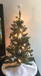 cheap christmas trees with lights a broke college student s guide to cheap christmas decor