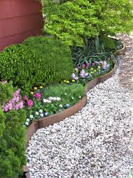 pretty landscaping border ideas for front yard the garden