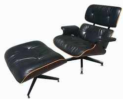 Lounge Chair And Ottoman Eames by 670 U0026 671 Lounge Chair U0026 Ottoman By Charles And Ray Eames For