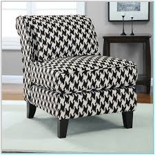 Black And White Accent Chair Cheap Black And White Accent Chair Torahenfamilia Reasons To