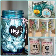 jar favors 30 ideas to fill your diy jar wedding favors with
