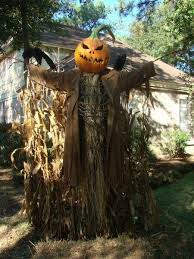 Creative Halloween Outdoor Decorations by Best 25 Scarecrow Ideas Ideas On Pinterest Scarecrows Scare