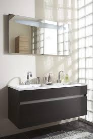 brique de verre cuisine salle de bains craquez pour les briques de verre travaux com