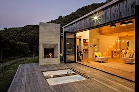 modern rustic homes architect s back country house merges with new zealand landscape