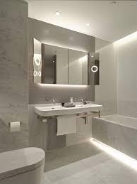 Cool Bathroom Mirrors by Best 25 Modern Bathroom Decor Ideas On Pinterest Modern