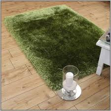 Green Runner Rug Lime Green Runner Rug Rugs Home Decorating Ideas Hash