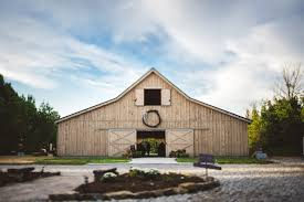 akron wedding venues barn wedding ohio the premier rustic barn wedding venue in