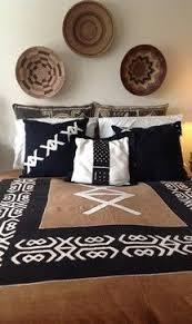 African Themed Bedrooms African Decorating Ideas African Artifacts And A Library Of