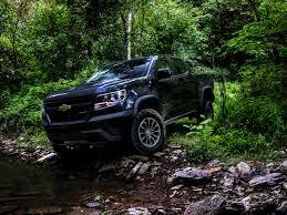 chevy colorado green 2017 chevy colorado zr2 review impulsive pickup truck tracks 95