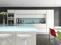 plan cuisine moderne cuisine blanche sans poignee cuisine sans poignée cuisine blanche