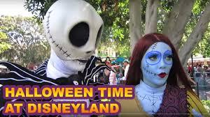 queen of hearts spirit halloween halloween time disneyland youtube