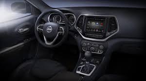 jeep chrysler 2014 bbc autos jeep cherokee travelling a well worn trail