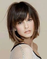 ways to style chin length hair best 25 layered bob with bangs ideas on pinterest layered