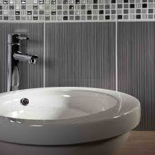 bathroom tile border ideas 27 best bathroom tiles images on bathroom tiling room