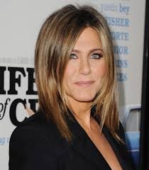 stunning jennifer aniston throwback will give you major u002790s