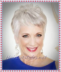 short hairstyles for mature women in 2018 haircut styles