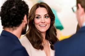 kate middleton to take over from queen as wimbledon patron in 2017