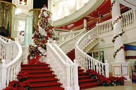 best holiday decorations aboard cruise ships
